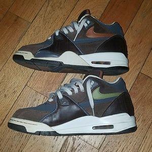 watch bb193 6b730 Nike Shoes - Vintage NIKE AIR FLIGHT 89